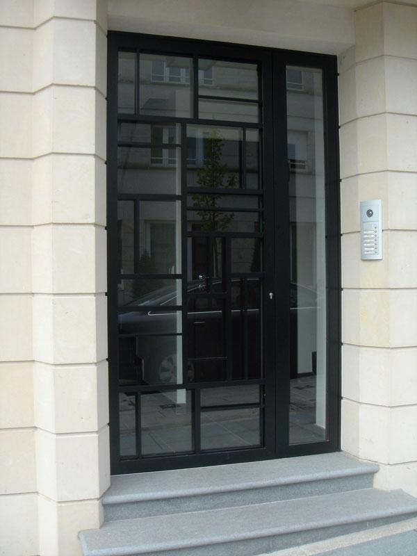 3_black_door_2003_1