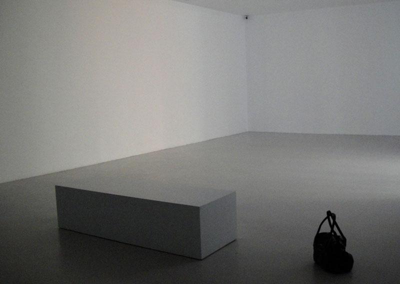 5-identity-room-2011-copia