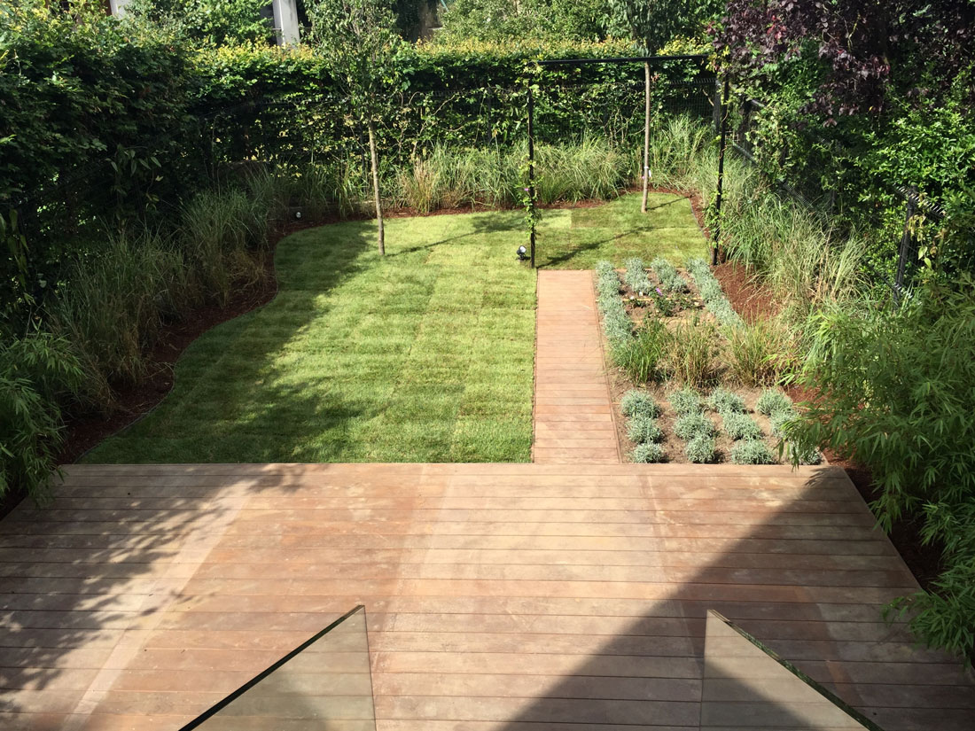 Un piccolo orto giardino monica zauli for Giardino piccolo